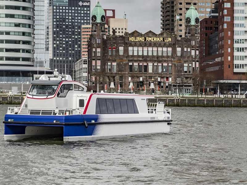 Connecting Composites - Carbon Passanger Ferry - © METYX Composites